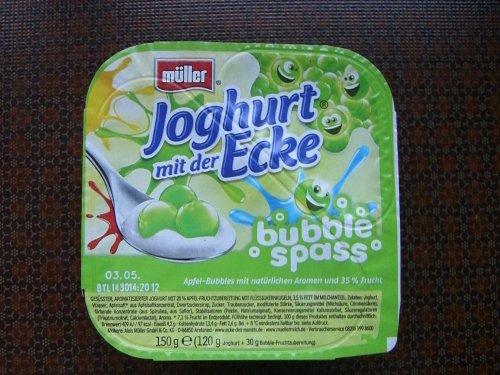 Müller Joghurt mit der Ecke Bubble Spaß