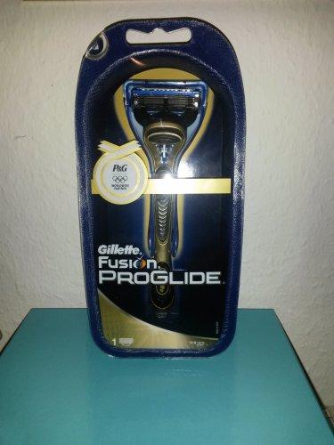 Gillette Fusion ProGlide Golden Edition
